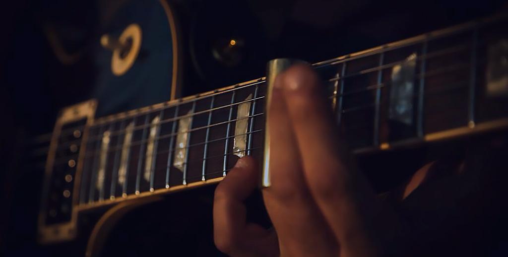guitar-contact-work